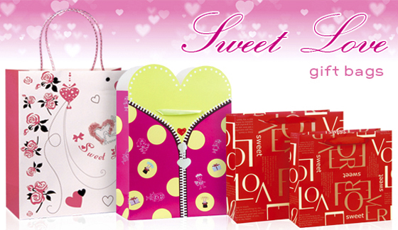 SWEET,ROMANTIC AND WARM FEELING WILL FLIT THROUGH YOUR HEART BECAUSE OF THE GIFT BAGS' UNIQUE DESIGN.