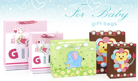 COLORFUL AND LOVELY DESIGN GIVES AN UNFORGETABLE IMPRESSION TO THE RECEIVER OF THE GIFT BAG.
